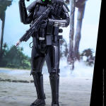 star-wars-rogue-one-death-trooper-specialist-sixth-scale-hot-toys-902842-06