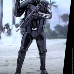 star-wars-rogue-one-death-trooper-specialist-sixth-scale-hot-toys-902842-07