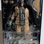 knightmare-batman-hot-toys-sixth-scale-review-2016-19