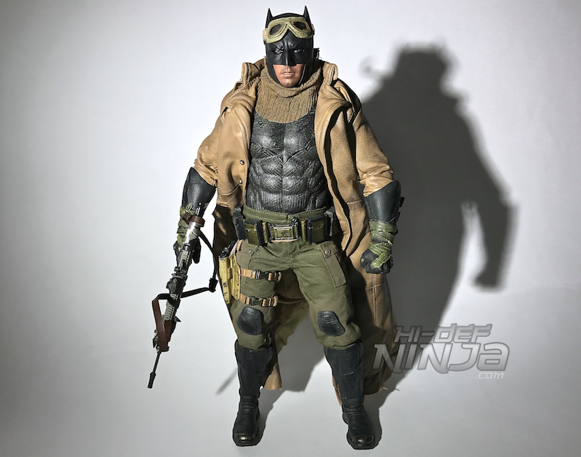 knightmare-batman-hot-toys-sixth-scale-review-2016-38