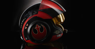 STAR WARS THE BLACK SERIES POE DAMERON ELECTRONIC HELMET (3)