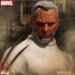 old man logan-mezco-2017-06