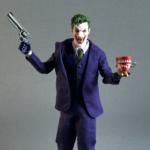 the joker-one12 mezco review-2017-25