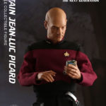 star-trek-the-next-generation-captain-jean-luc-picard-sixth-scale-qmx-903008-06