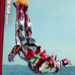 marvel-spider-man-homecoming-iron-man-mark-xlvii-sixth-scale-hot-toys-903079-05