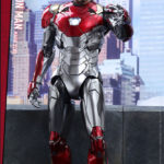 marvel-spider-man-homecoming-iron-man-mark-xlvii-sixth-scale-hot-toys-903079-10