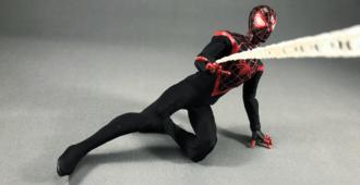 spiderman-miles mezco one12-2017-23 banner